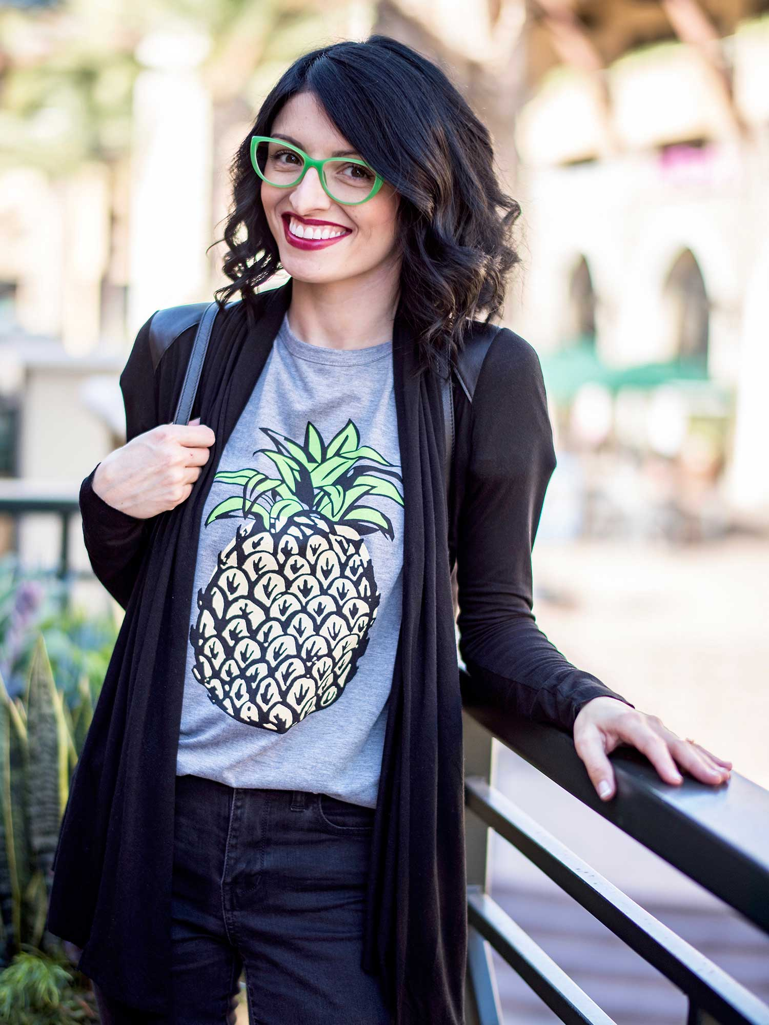 jenna-pilant-san-diego-fashion-blogger-lucky-little-mustardseed-how-to-wear-your-favorite-summer-t-shirt-in-the-fall-3