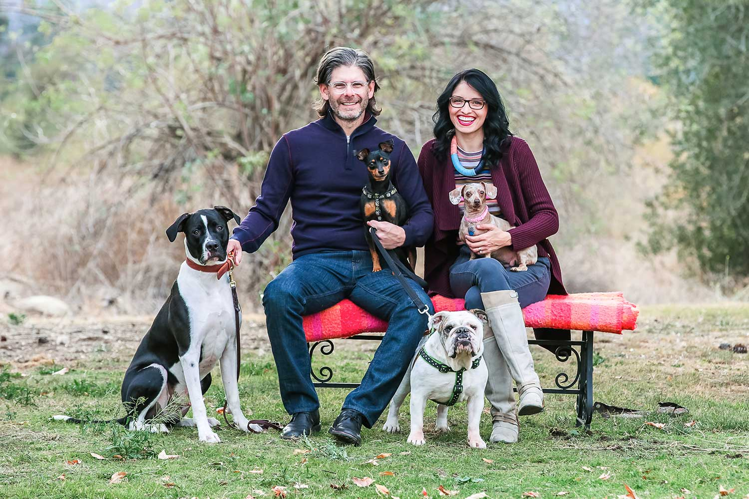 Jenna-Pilant-Design+Style-Blogger-How-To-Style-A-Family-Photoshoot-With-Dogs-1
